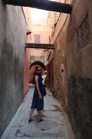 Riad Lorsya: way to the riad