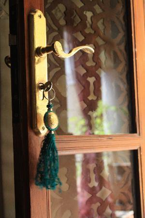 Riad Lorsya: lovely details everywhere
