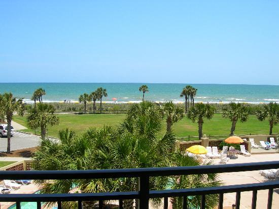Springmaid Oceanfront Resort Myrtle Beach: The view from my balcony.
