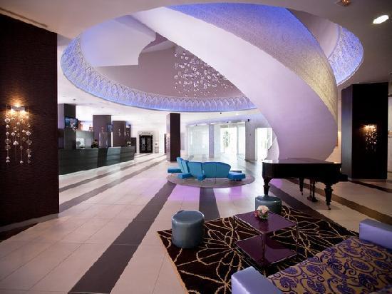 Hoteles Husa Solazur Business & Spa