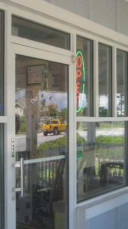 Front Porch Cafe: Manteo location's front door