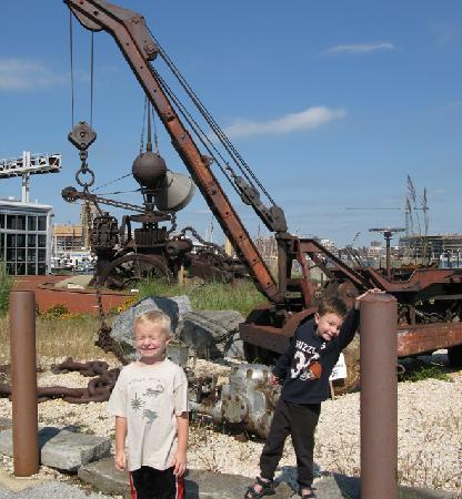 Baltimore Museum of Industry : having a blast outside.