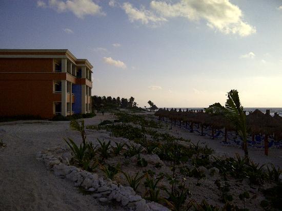 Luxury Bahia Principe Akumal Don Pablo Collection : Building 66 - Right on the beach.