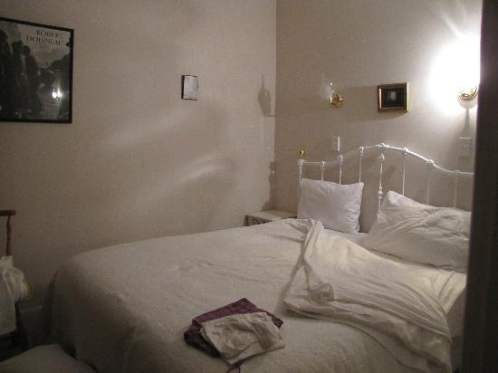 Mon Logis Bed and Breakfast: Luxury bed