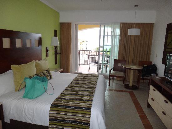 Hotel Marina El Cid Spa & Beach Resort : The rooms were nice