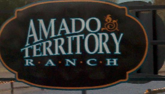Amado Territory B&B: Entering the Ranch