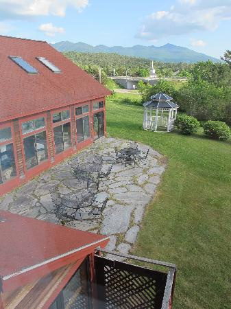 BEST WESTERN White Mountain Inn: view from the room (1st floor)