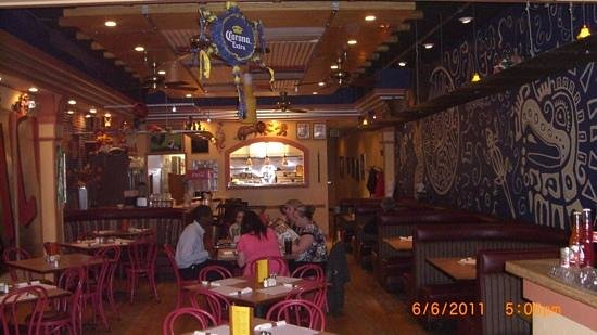 Don Luis Restaurant: dining area