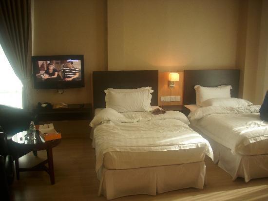 Pergola Hotel: 2 Single bed