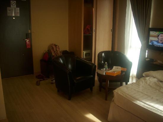Pergola Hotel: Living