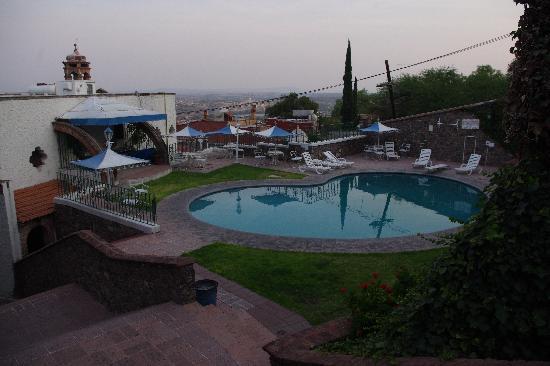 Condo Posada La Ermita: it has a nice pool!