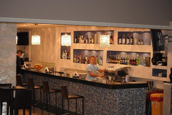 The Magnolia Resort: Bar