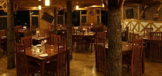 Heevan Retreat Gulmarg: restaurant