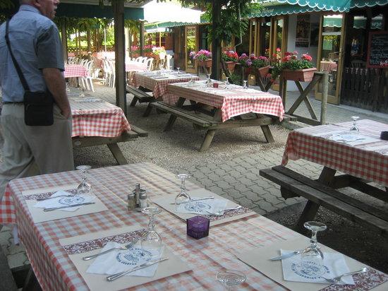 Champigny-sur-Marne, Francia: Terrasse très sympa !