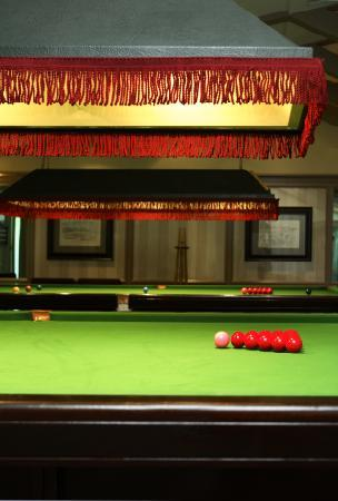 Four Seasons Country Club: Snooker Room