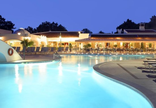 Quinta do Lago, Portugal: Pool at night