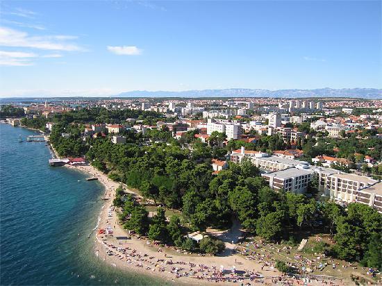 Hotel Kolovare: Beach