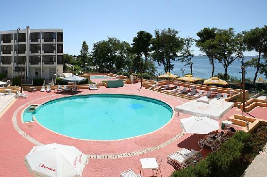 Hotel Kolovare