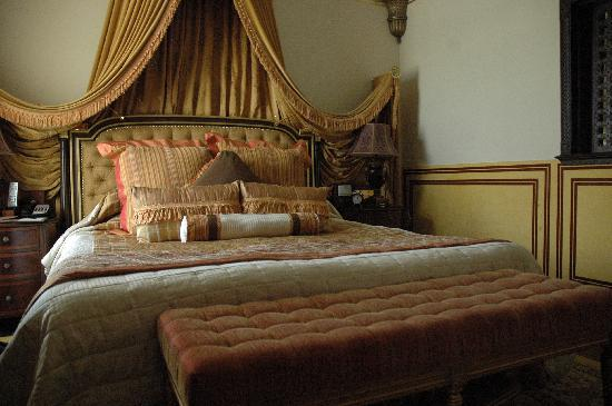 Rambagh Palace: Our next stop was the legendary Rambagh. It was going to be my third visit. To recall, my first