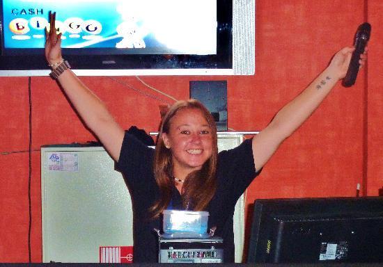 Hotel Altamadores: Leanne No1 Entertainer