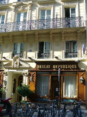 Hotel Meslay Republique: The hotel facade