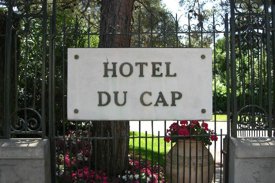 Hotel du Cap Eden-Roc: Hotel gate