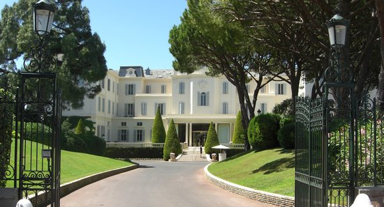 Hotel Du Cap Eden Roc Entrance To