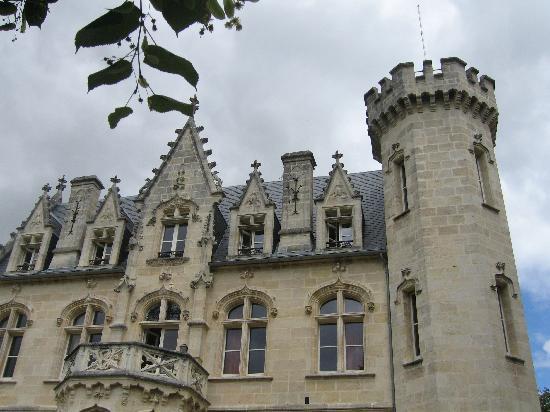 Chateau Bellevue: côté face du château