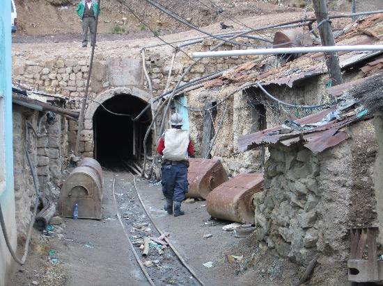Potosi, Bolivia: Zugang zum Stollen