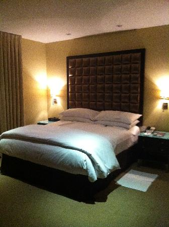 Sunset Marquis: best bed in the world