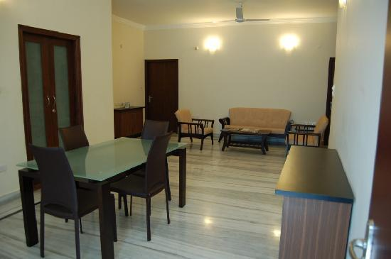 Gardenia Service Apartments : Dining Area