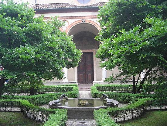Milan, Italy: Chiostro delle Rane