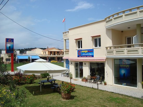 Omega Divers Chania Diving Center: Padi Diving Center