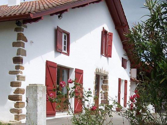Maison Iribarnia - Gite et chambres d'Hôtes