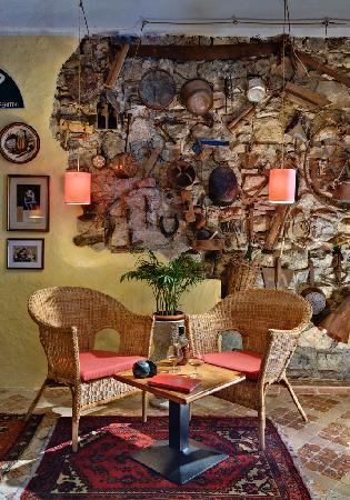 Hotel Garni Riviera: un particolare del bar