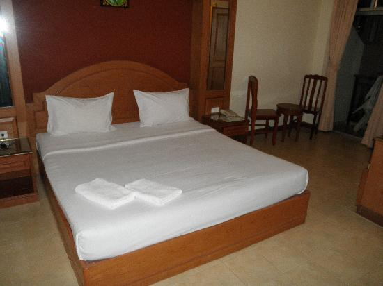 Siam Hotel: the uncomfortable bed