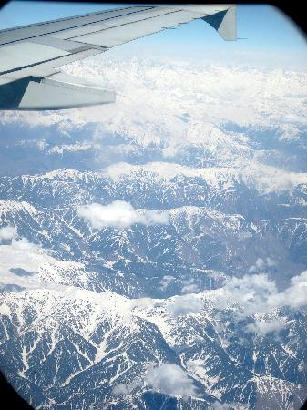 Asif Guest House : Mighty Himalaya´s from the plane on a flight to Srinagar