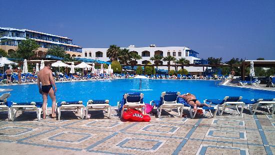 Kallithea, Grecia: piscine principale