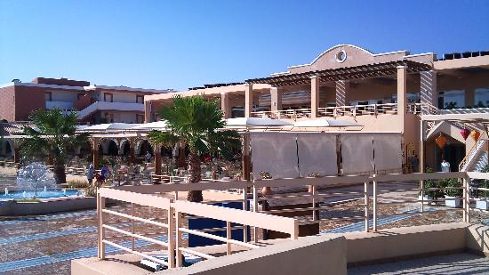 Aldemar Paradise Village: restaurant et bar