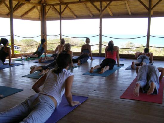 Horizon Ocean View Hotel and Yoga Center: Yoga deck