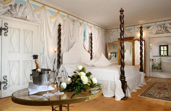 Hotel Burg Wernberg : Hochzeitssuite