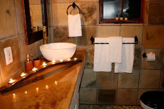 VillaChad Guesthouse: Bathroom