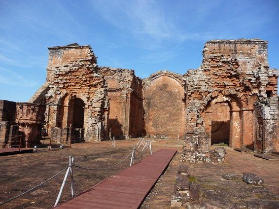 Encarnacion, Paraguay: Reste der alten Kirche