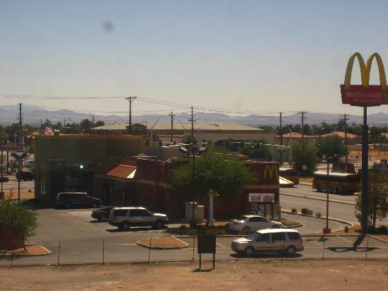 La Quinta Inn Las Vegas Nellis: view from my room