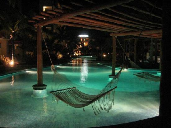 Excellence Playa Mujeres: hammocks at the pool