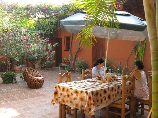 Hostal Casa del Sol Oaxaca: patio