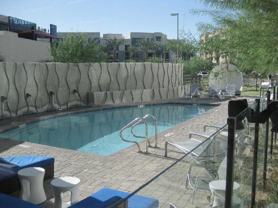 Aloft tempe updated 2017 prices hotel reviews az for Tempe swimming pool
