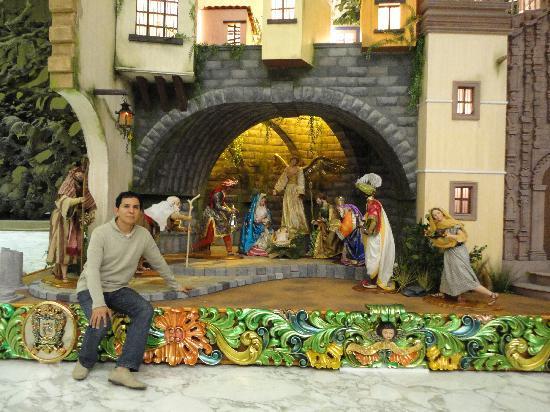 Salamanca, Meksyk: Nacimiento de cera por Marco Antonio Miranda Razo cericultor Salmantino
