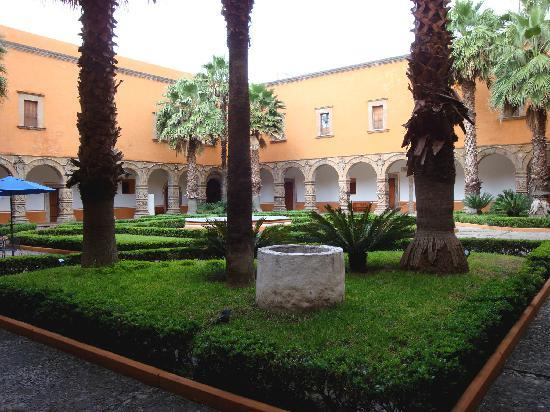 Salamanca, México: Atrio menor del ex convento de San Agustin