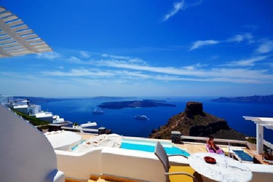 Tholos Resort: View from our balcony (double senior suite)
